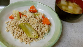 ❄鶏挽肉の豆乳炒め&カブの味噌汁❄