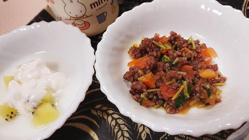 離乳食☆豆苗とトマトのひき肉炒め