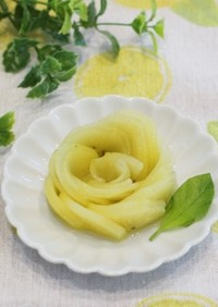 キウイ(薔薇の飾り切り)