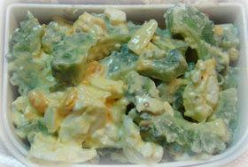 ゴーヤとゆで卵の簡単サラダ