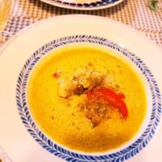 チキンのココナッツスープ ☆カレー風味