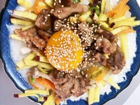レンジでカルボナーラ風ビビンバ丼