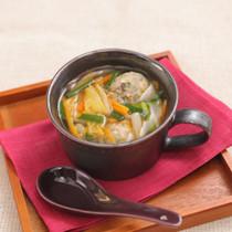 たっぷり野菜♪にら団子の中華スープ