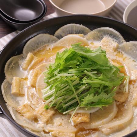 大根1本大量消費☆花さく豆乳味噌鍋