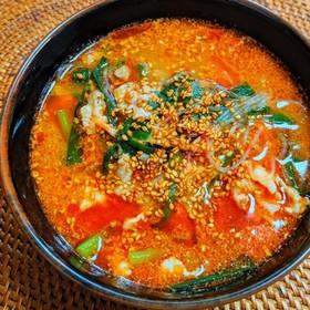 豚ひき肉とニラの坦々春雨スープ