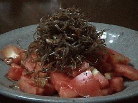 トマトとこなごのサラダ