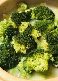 白菜&ブロッコリーの洋風10分鍋サラダ