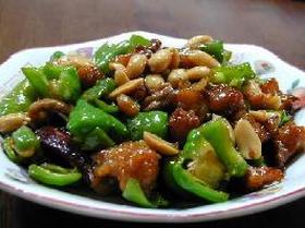 お肉とピーマンのピーナツ炒め__Chinese dish/Stir-fry Meat, Green Pepper and Peanut