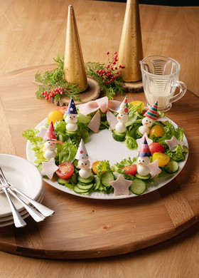 クリスマスにピッタリ◎リースサラダ
