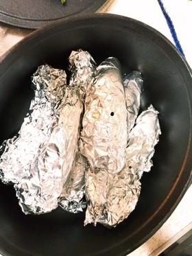 ピピットコンロ ダッチオーブンで焼き芋