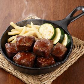 スキレット挽き肉サイコロステーキ
