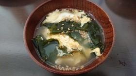 味覇で作る☆わかめと玉子のスープ☆