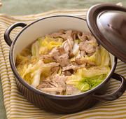 豚白菜ときのこの無水ごま油鍋の写真