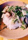 白菜と椎茸の豚そぼろ餡掛け丼