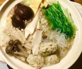 生姜とニンニクで!スタミナ鳥つみれ鍋☆