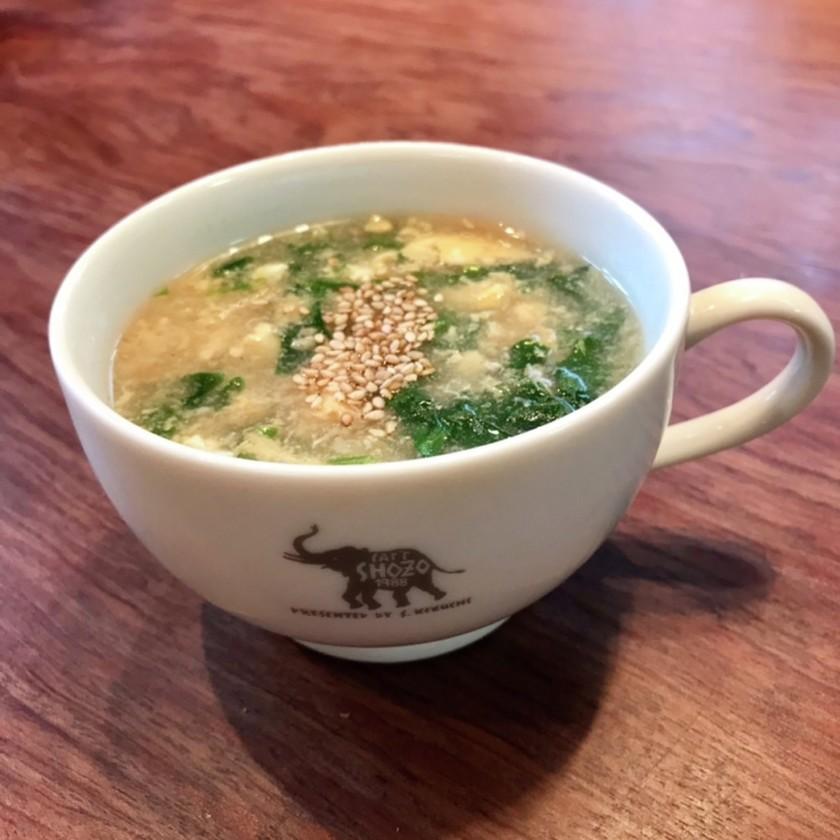 レタスの外葉と卵のとろとろスープ