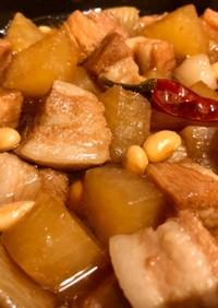 豚ばら大根と大豆の煮込み