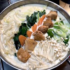 豆板醤でピリからうまうま豆乳鍋