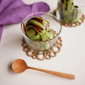 抹茶のアイスクリーム 〜黒蜜かけ〜