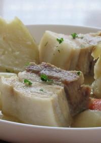 豚バラ肉のポトフ