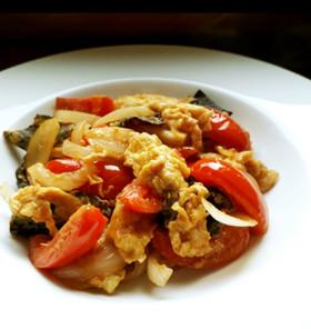 卵とトマトと木耳の中華炒め