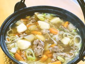 山の芋で作る芋煮汁