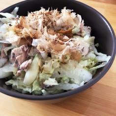 栄養たっぷり♡簡単✧白菜と鯖缶の温サラダ