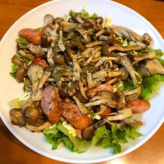キノコとソーセージの簡単温マヨサラダ
