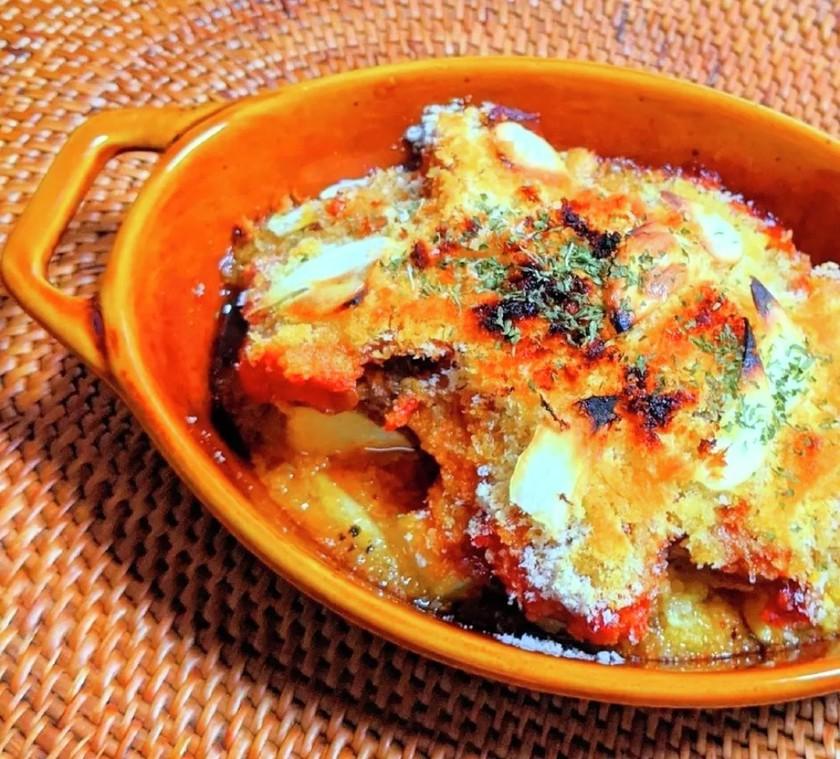 砂肝トマト煮込みとじゃがいもオーブン焼き