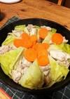 ダッチオーブンで作る鶏キャベごま風味
