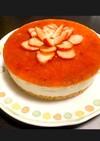 いちごの花咲く、さっぱりレアチーズケーキ