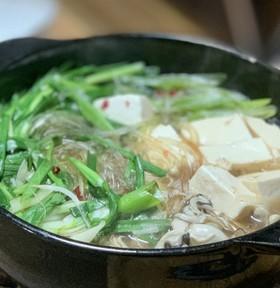 ラーメンスープの素で作る【簡単】中華風鍋
