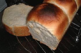 ふわふわはちみつパン