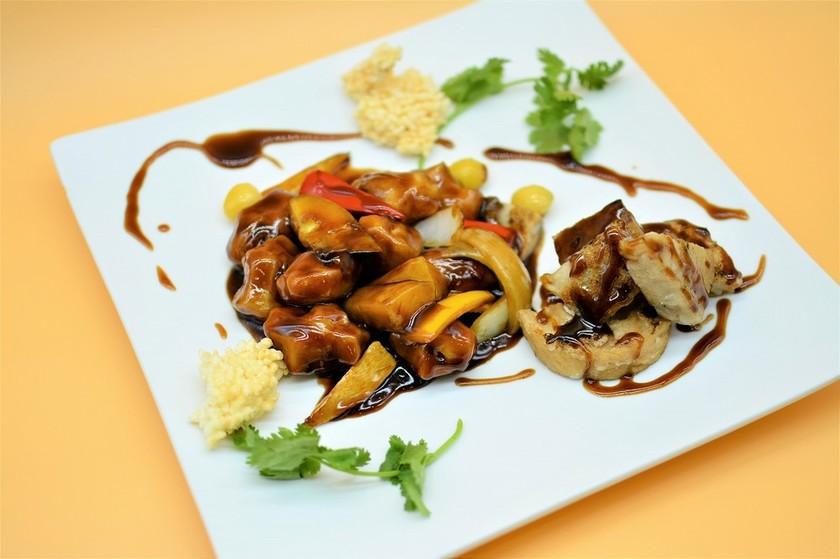 加賀野菜素古老肉(加賀野菜入り精進酢豚)