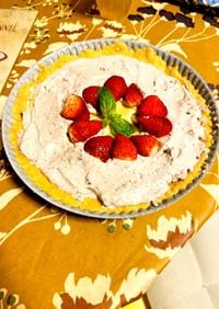 チョコクリームとメレンゲの苺バナナタルト