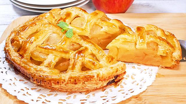 冷凍パイ生地で作る簡単アップルパイ