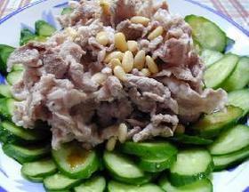 中国黒酢でさっぱり、たっぷりキュウリの豚しゃぶ__Boiled and Cool Pork&Japanese Cucumber with Chinese Vinegar Sauce