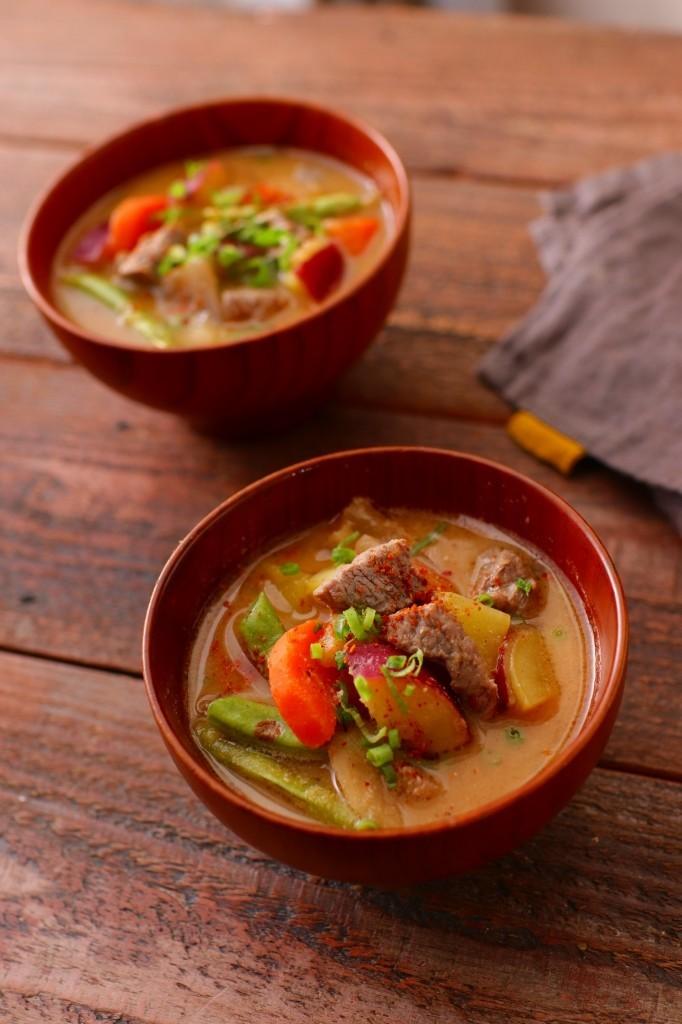ラム肉の具だくさんMISOスープ