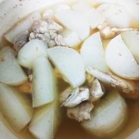 鶏ももと大根のシンプル白だし煮
