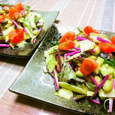 紫水菜とミックスビーンズのサラダ