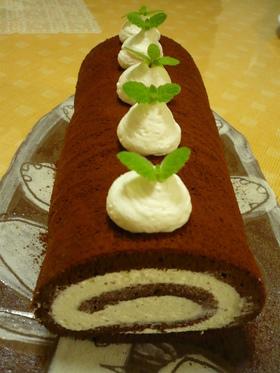 ココアロールケーキ