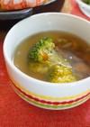 なめことブロッコリーのガーリックスープ