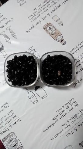 シロカの電気圧力鍋+鍋で黒豆。