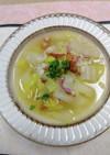 白菜とベーコンのもち麦入りスープ