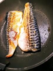 塩サバは冷凍のまま焼こう♪の写真