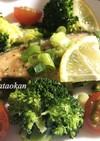 鮭とブロッコリーのネギ塩炒め