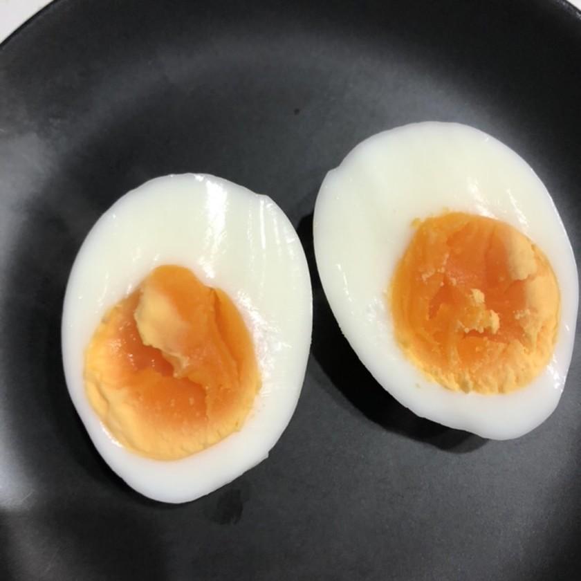 程よい半熟ゆで卵