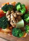 納豆とブロッコリーのトマトペンネ