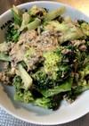 ブロッコリーとサバ缶のサラダ