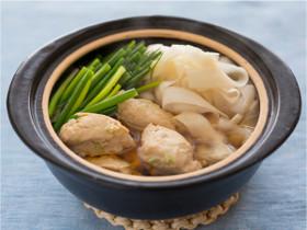 【aff】鶏団子とひらひら大根鍋